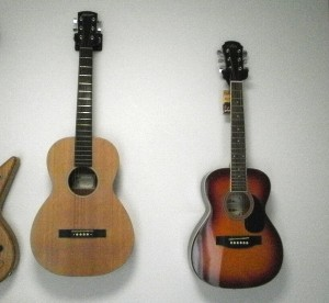 ミニギター aria AF-Junior