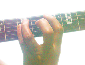 ワンフォーム奏法の左手フォーム